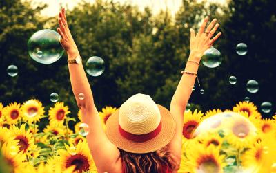 8 Ways Vision Board Making Brings Health & Happiness